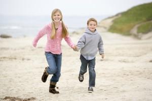 L'ostéopathie s'adresse à tous : le nourrisson, l'enfant, l'adulte comme la personne âgée.